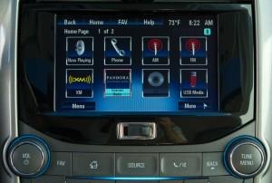 2013-Chevrolet-Malibu-043-medium